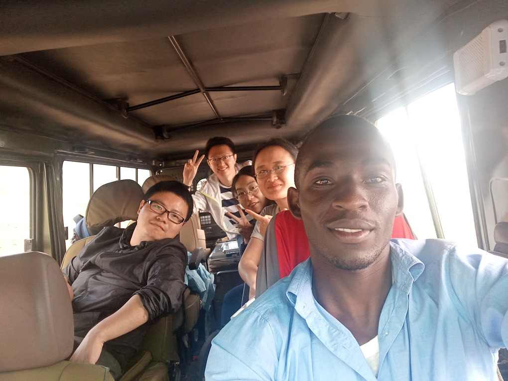 CEO-driving-Jananese-in-Seregeti-National-Park