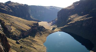 Mount-Kenya_Hikes